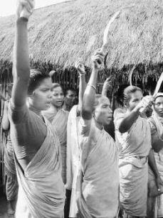 Lalgarh-villager-cpi-maoist-uprising-adivasi-west-bengal-crpf1